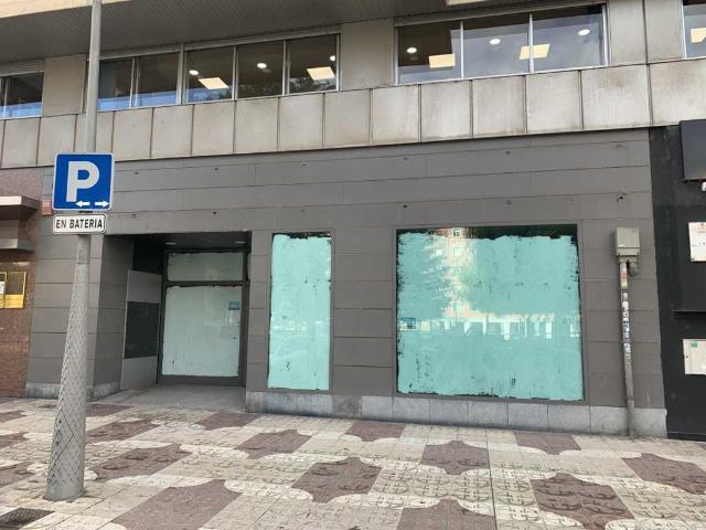 Local en venta en Local en Burgos, Burgos, 472.000 €, 266 m2