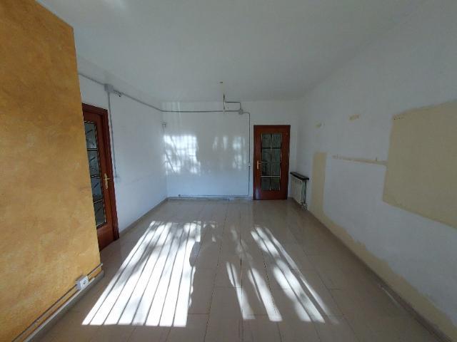 Piso en venta en Ca N`ustrell, Sabadell, Barcelona, Avenida Paraires, 187.700 €, 4 habitaciones, 2 baños, 98 m2