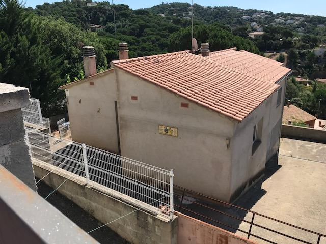 Casa en venta en Aiguaviva Parc, Vidreres, Girona, Calle Alzina, 200.800 €, 3 habitaciones, 2 baños, 181 m2