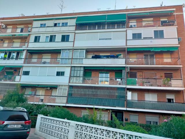 Piso en venta en Piso en Alcalá de Henares, Madrid, 101.000 €, 3 habitaciones, 1 baño, 70 m2