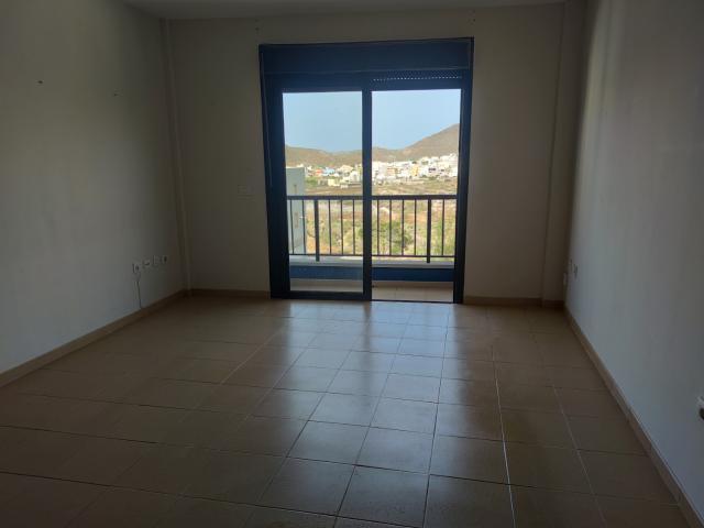 Piso en venta en Cabo Blanco, Arona, Santa Cruz de Tenerife, Calle Bolivia, 96.800 €, 2 habitaciones, 1 baño, 64 m2