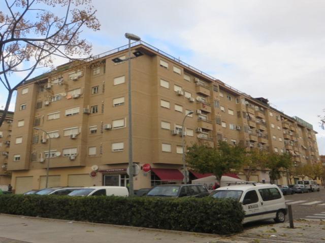 Piso en venta en Piso en Alaquàs, Valencia, 99.900 €, 79 m2
