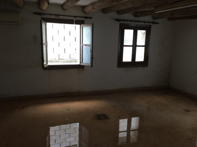 Casa en venta en Casa en Remolinos, Zaragoza, 75.000 €, 374 m2