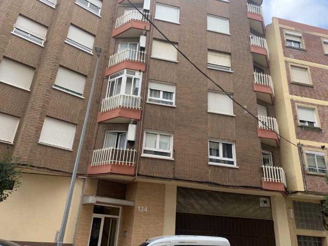 Piso en venta en Allende, Miranda de Ebro, Burgos, Calle Arenal, 66.200 €, 3 habitaciones, 1 baño, 70 m2