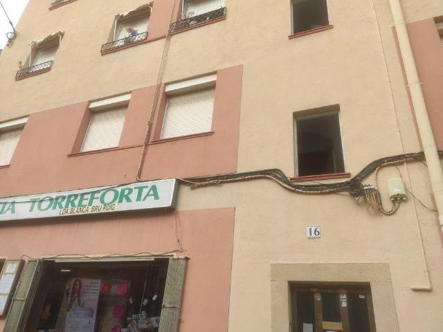 Piso en venta en Torreforta, Tarragona, Tarragona, Calle Falset, 86.900 €, 5 habitaciones, 2 baños, 120 m2