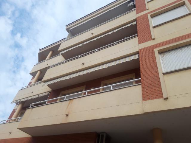 Piso en venta en Mas de Miralles, Amposta, Tarragona, Calle America, 81.000 €, 3 habitaciones, 2 baños, 112 m2