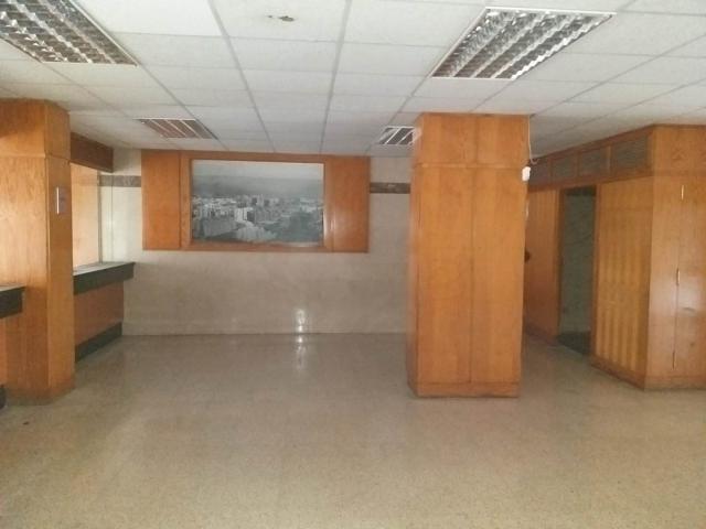 Local en venta en Santa Cruz de Tenerife, Santa Cruz de Tenerife, Avenida Principes de España, 170.000 €, 181 m2