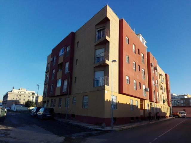 Piso en venta en Los Depósitos, Roquetas de Mar, Almería, Calle Santa Teresa de Calcuta Esquina, 33.000 €, 2 habitaciones, 1 baño, 68 m2