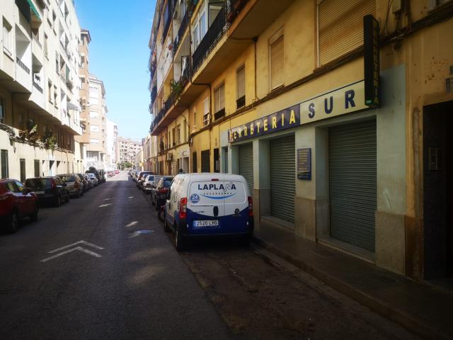 Piso en venta en Castellón de la Plana/castelló de la Plana, Castellón, Calle Calle Salvador Guinot, 30.000 €, 67 m2