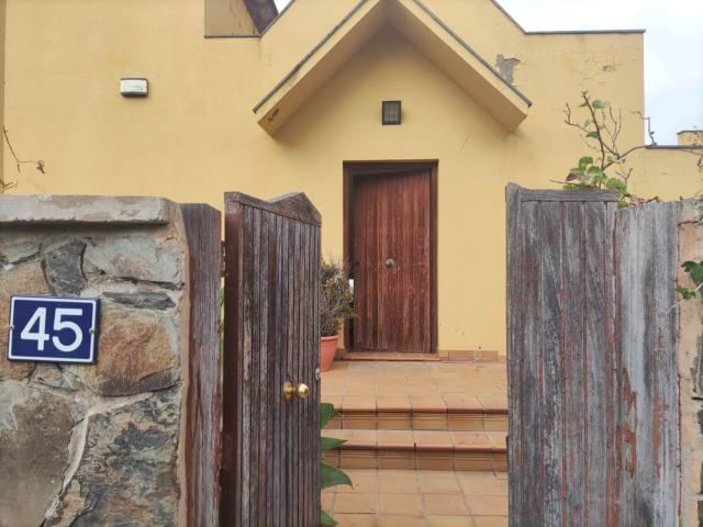 Casa en venta en Las Palmas de Gran Canaria, Las Palmas, Calle Rafael Rafaeli, 330.000 €, 318 m2