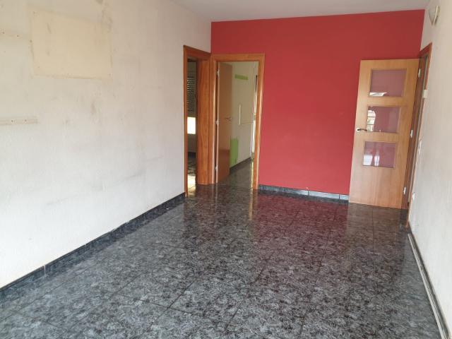 Piso en venta en Les Botigues, Gavà, Barcelona, Carretera Santa Creu de Calafell, 219.600 €, 4 habitaciones, 1 baño, 92 m2