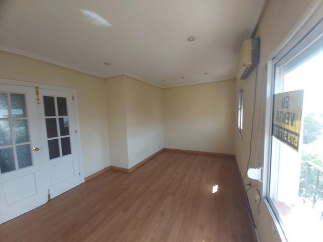 Piso en venta en Guadalcacín, Jerez de la Frontera, Cádiz, Calle Manuel Lara Jerezano, 48.000 €, 3 habitaciones, 1 baño, 67 m2