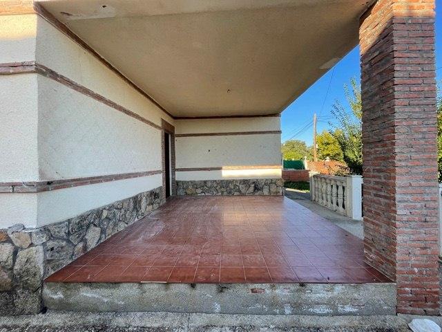 Piso en venta en Cerro Alberche, El Casar de Escalona, Toledo, Calle , 91.000 €, 3 habitaciones, 2 baños, 172 m2
