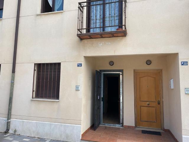 Piso en venta en Alameda de la Monjas, Meco, Madrid, Calle Ronda del Verdoso, 120.400 €, 2 habitaciones, 1 baño, 72 m2