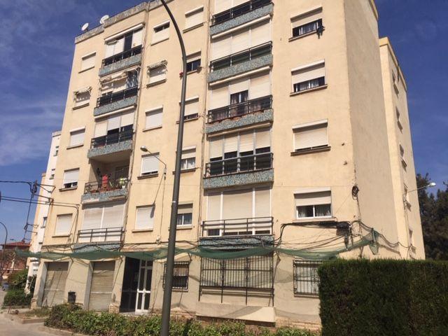 Piso en venta en La Floresta, Tarragona, Tarragona, Calle Mas de Les Garses ,edificio Disa, 39.000 €, 3 habitaciones, 1 baño, 79 m2