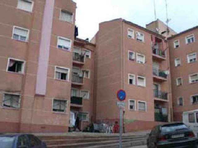 Piso en venta en Girona, Girona, Calle Mimosa, 44.500 €, 3 habitaciones, 1 baño, 71 m2