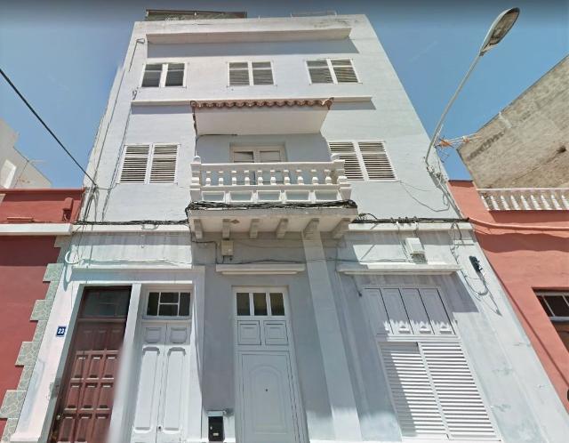 Piso en venta en Piso en Santa Cruz de Tenerife, Santa Cruz de Tenerife, 99.500 €, 3 habitaciones, 1 baño, 109 m2