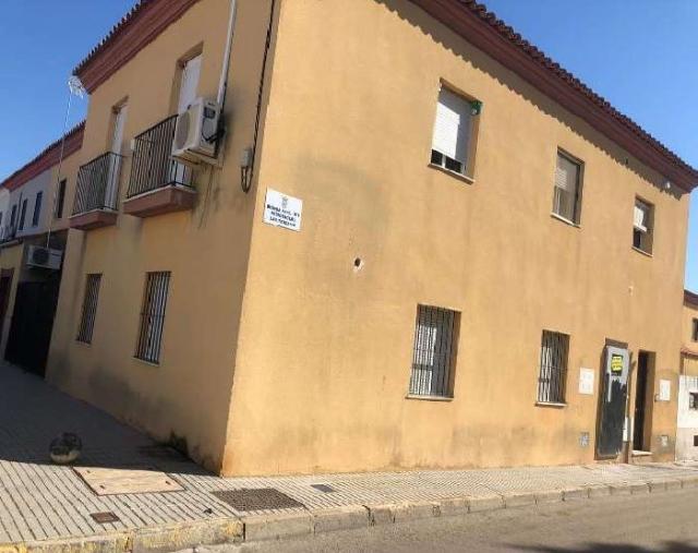 Casa en venta en Sevilla, Sevilla, Calle Ronda Este Residencial la Teresas, 95.500 €, 118 m2