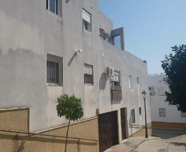 Piso en venta en Bornos, Bornos, Cádiz, Calle Huelva, 102.300 €, 3 habitaciones, 2 baños, 84 m2
