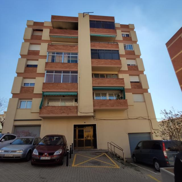 Piso en venta en Esparreguera, Barcelona, Calle Font del Vidal, 76.700 €, 1 habitación, 1 baño, 70 m2
