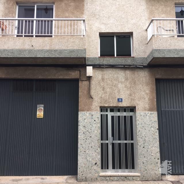 Piso en venta en Piso en San Cristobal de la Laguna, Santa Cruz de Tenerife, 72.300 €, 3 habitaciones, 1 baño, 93 m2
