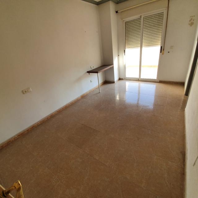 Piso en venta en Piso en Cuevas del Almanzora, Almería, 140.000 €, 3 habitaciones, 3 baños, 193 m2