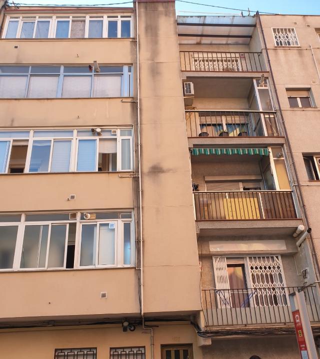 Piso en venta en Sant Pere Nord, Terrassa, Barcelona, Calle Periodista Grané, 71.100 €, 3 habitaciones, 1 baño, 65 m2