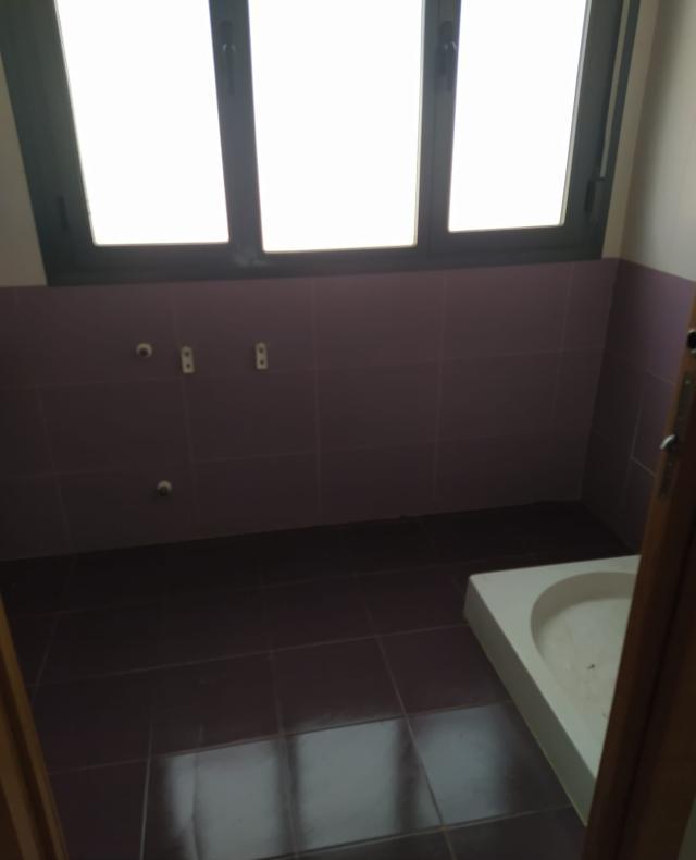 Piso en venta en Piso en Valdepeñas, Ciudad Real, 41.000 €, 1 baño, 78 m2
