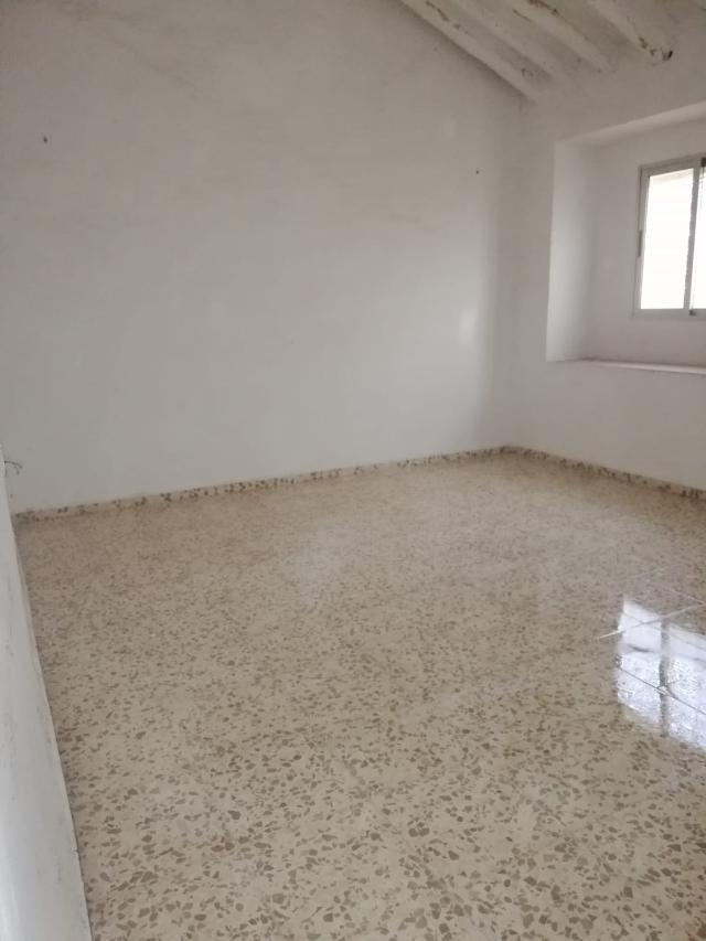 Piso en venta en Piso en Algarinejo, Granada, 40.000 €, 2 habitaciones, 1 baño, 81 m2