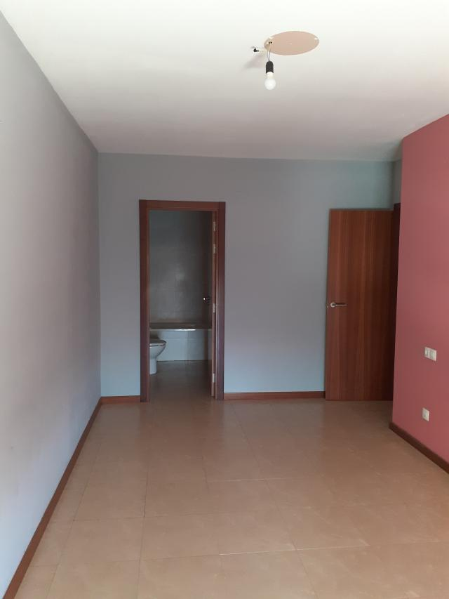 Piso en venta en Piso en Cintruénigo, Navarra, 109.600 €, 3 habitaciones, 1 baño, 90 m2