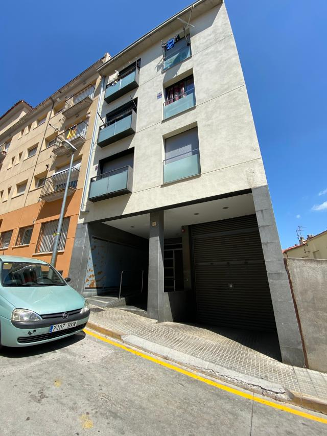 Piso en venta en Arbúcies, Girona, Calle la Selva, 59.900 €, 2 habitaciones, 1 baño, 68 m2