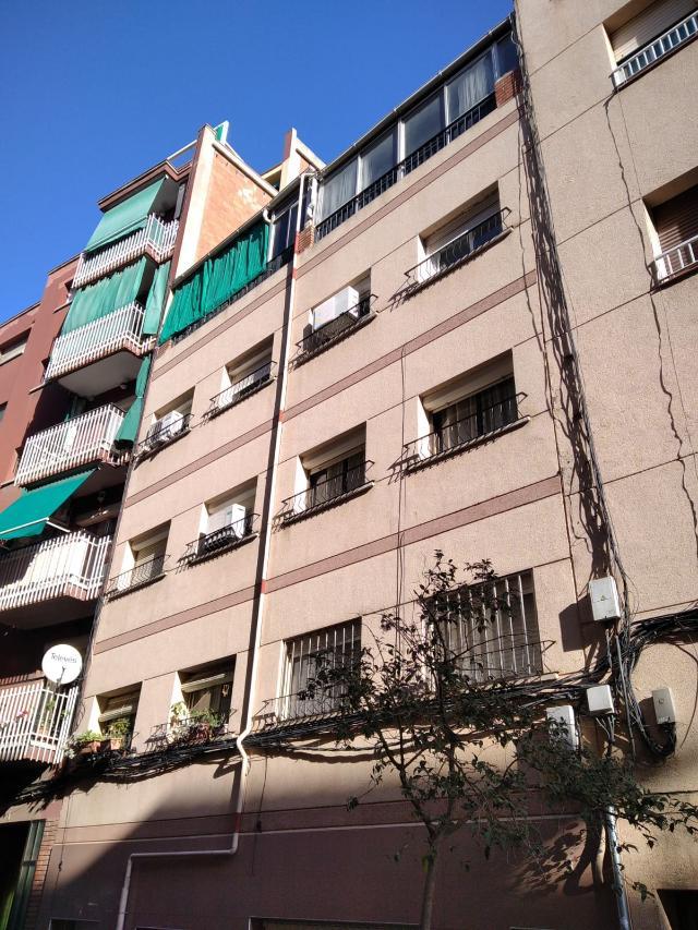 Piso en venta en Badalona, Barcelona, Calle Navas de Tolosa, 89.900 €, 1 habitación, 1 baño, 57 m2
