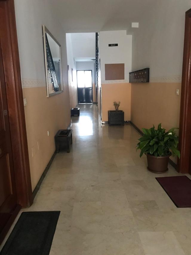 Piso en venta en Piso en Jaén, Jaén, 38.000 €, 3 habitaciones, 1 baño, 105 m2