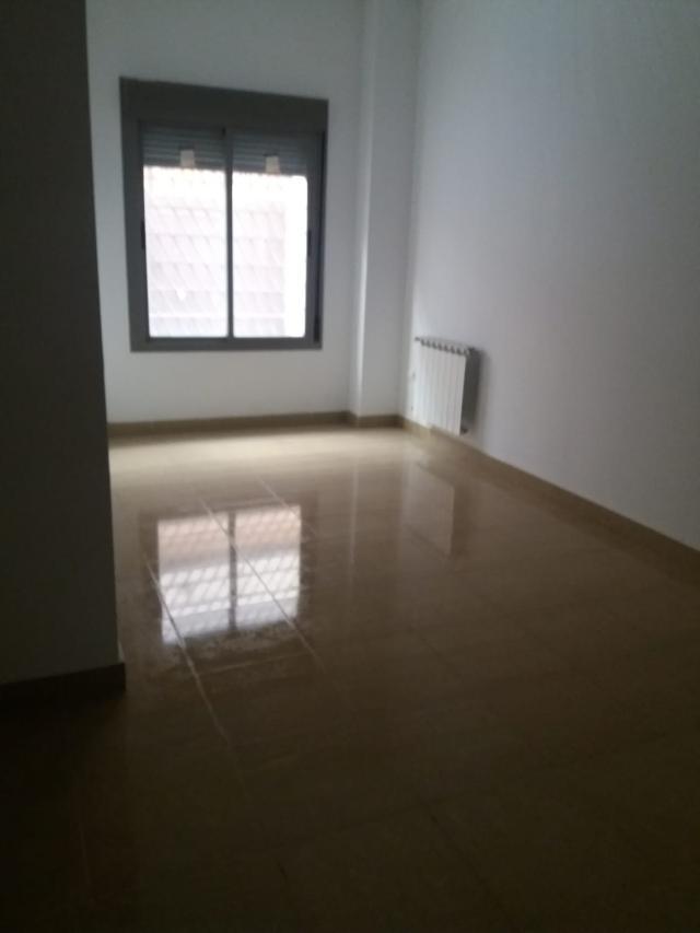 Piso en venta en Piso en Villanueva de la Serena, Badajoz, 42.500 €, 77 m2