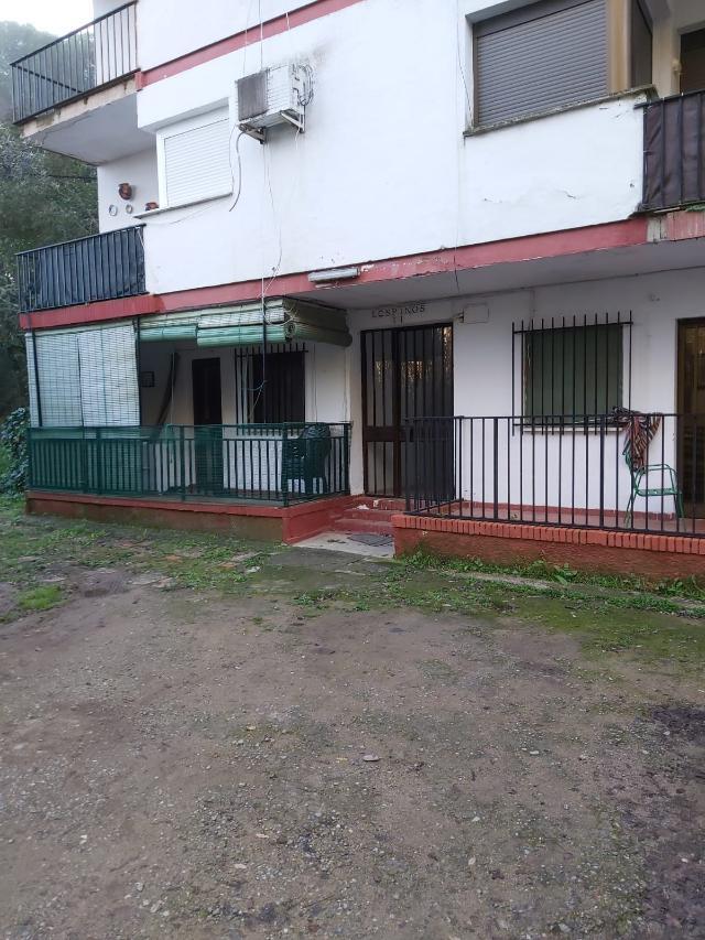 Piso en venta en Espiel, Espiel, Córdoba, Urbanización Fuente Agria Edf, la Acacias 1, 35.200 €, 2 habitaciones, 1 baño, 76 m2