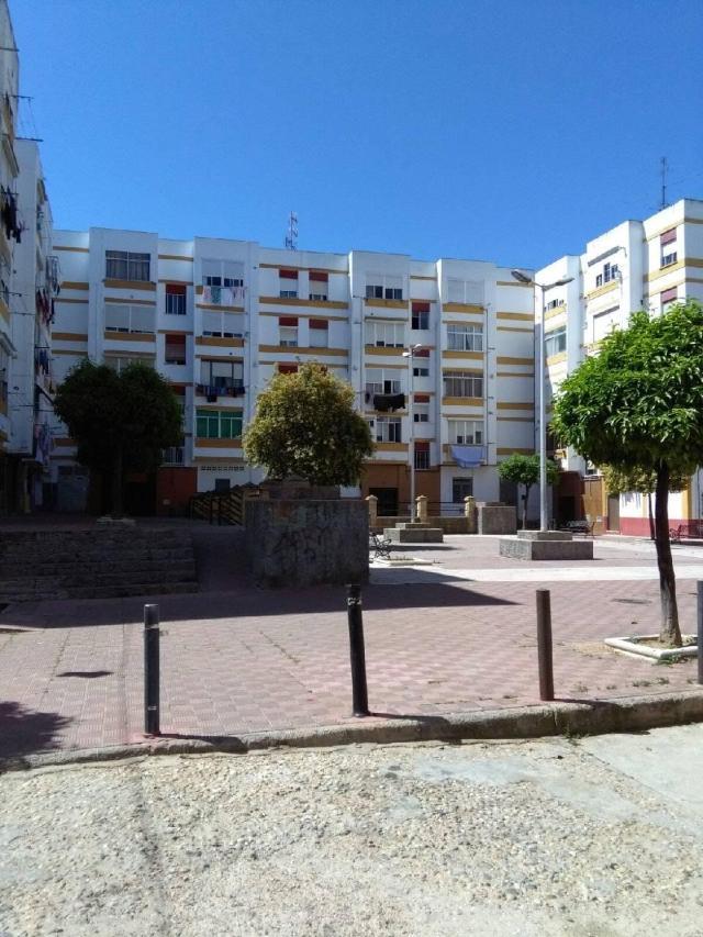Piso en venta en Huelva, Huelva, Plaza Estados Unidos, 45.849 €, 3 habitaciones, 1 baño, 81 m2