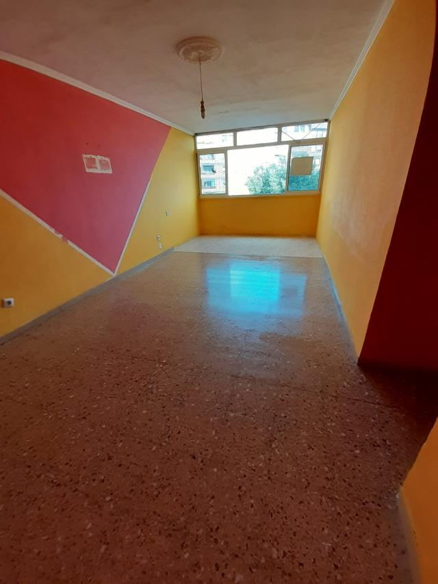 Piso en venta en Bonavista, Tarragona, Tarragona, Calle Riu Llobregat, 81.257 €, 3 habitaciones, 1 baño, 86 m2