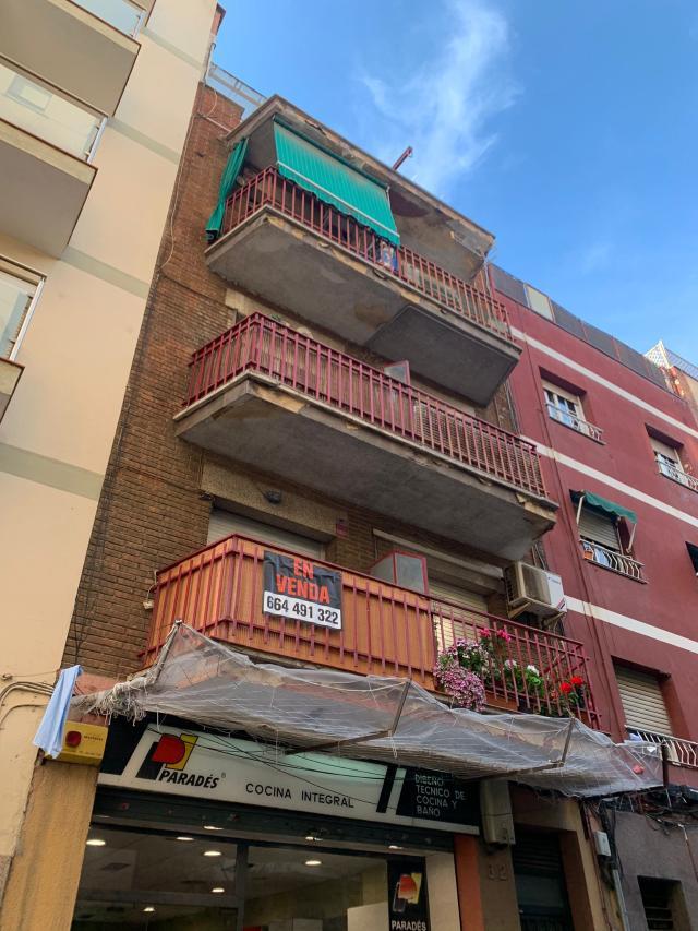 Piso en venta en Santa Coloma de Gramenet, Barcelona, Calle Cultura, 130.500 €, 60 m2
