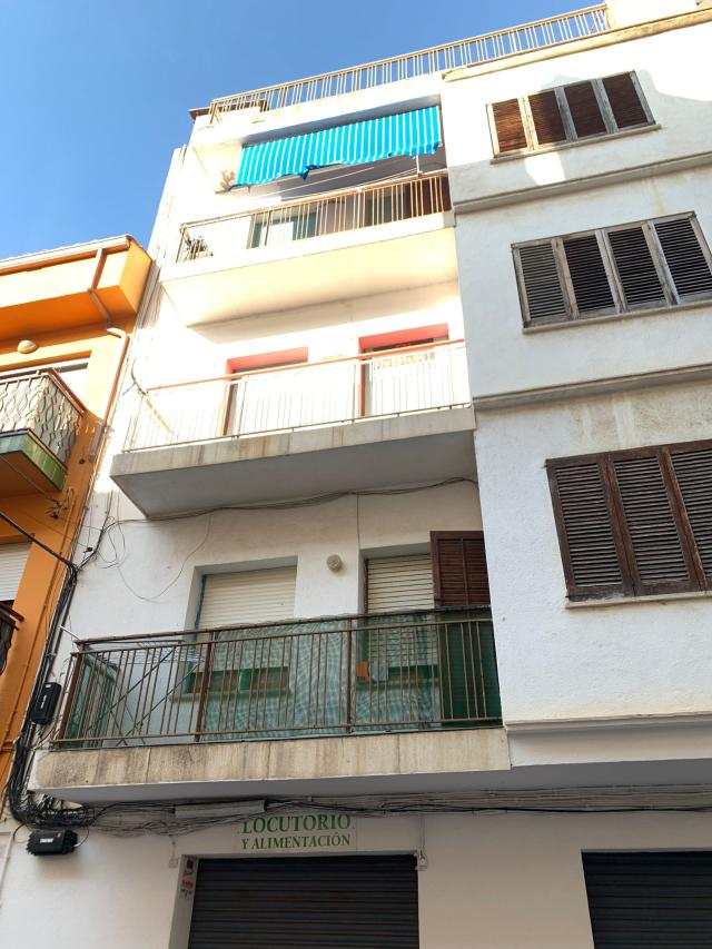 Piso en venta en Poblenou, Pineda de Mar, Barcelona, Calle Valles, 92.000 €, 3 habitaciones, 1 baño, 60 m2