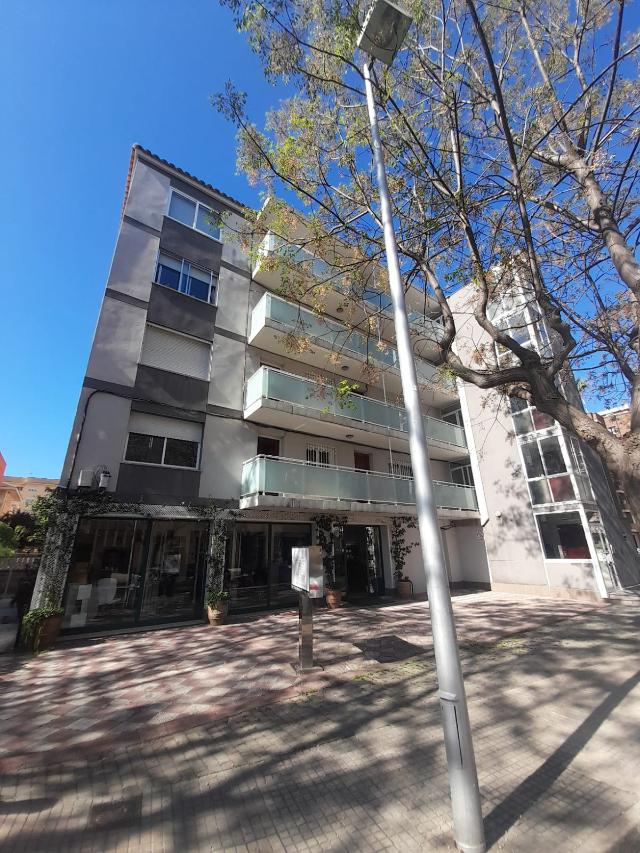 Piso en venta en Piso en Salou, Tarragona, 93.300 €, 3 habitaciones, 1 baño, 74 m2
