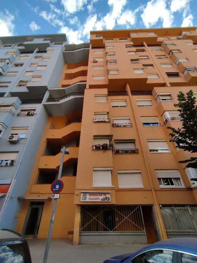 Piso en venta en Ca N`ustrell, Sabadell, Barcelona, Calle del Romani, 79.141 €, 2 baños, 84 m2