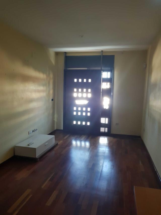 Piso en venta en Sant Ildefons, Cornellà de Llobregat, Barcelona, Calle Josep Fiter, 285.000 €, 3 habitaciones, 2 baños, 94 m2