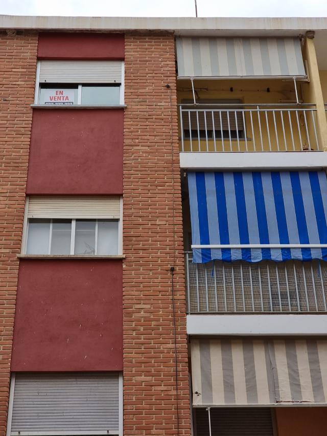 Piso en venta en L` Olleria, Valencia, Calle Hernan Cortes, 30.500 €, 3 habitaciones, 2 baños, 104 m2
