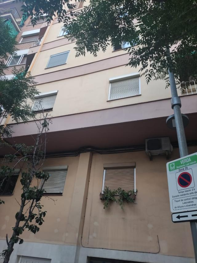 Piso en venta en Sant Andreu, Barcelona, Barcelona, Calle Concepcion Arenal, 159.900 €, 56 m2