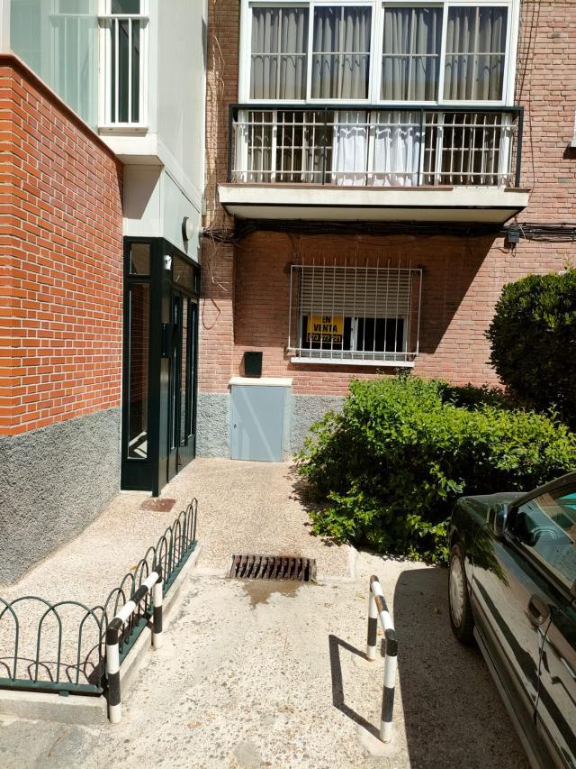 Piso en venta en Madrid, Madrid, Calle Hacienda, 199.500 €, 75 m2