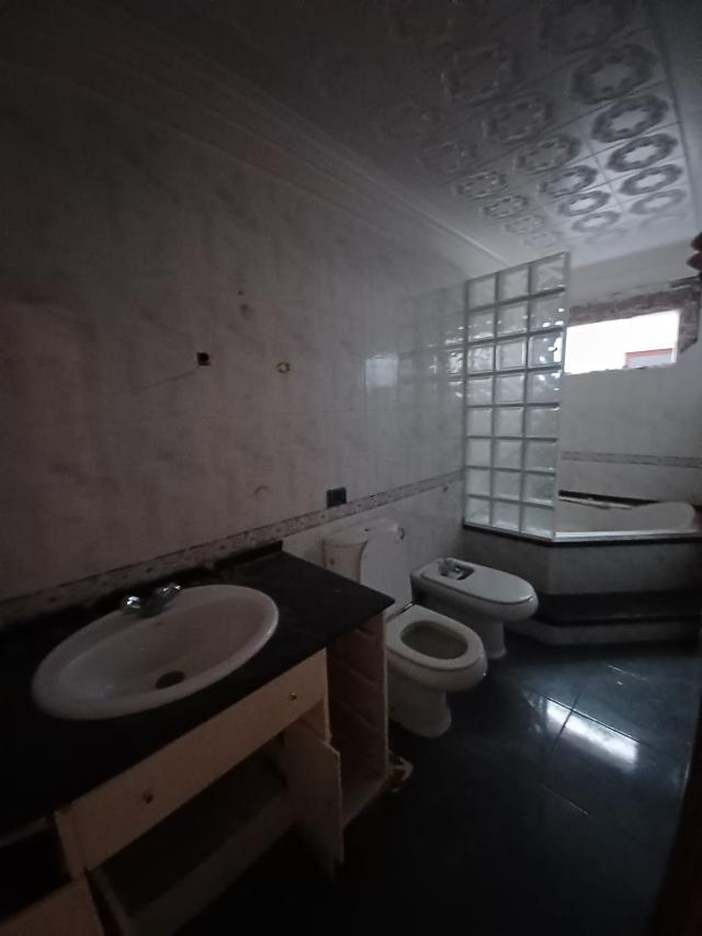 Casa en venta en Casa en Santa Cruz de Tenerife, Santa Cruz de Tenerife, 108.000 €, 4 habitaciones, 2 baños, 117 m2