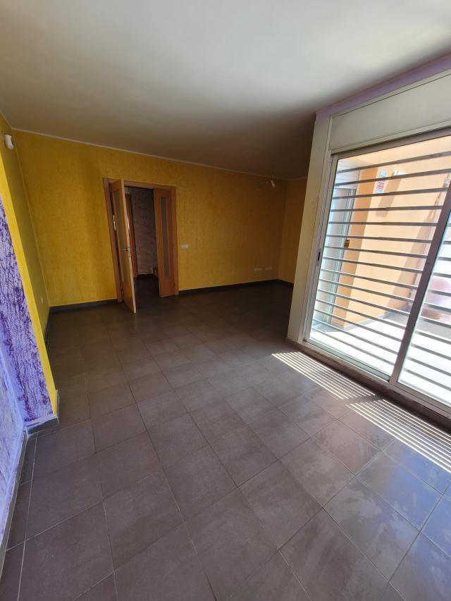 Piso en venta en Piso en Tarragona, Tarragona, 89.900 €, 3 habitaciones, 2 baños, 101 m2