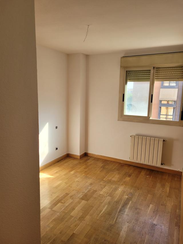 Piso en venta en Piso en Madrid, Madrid, 194.000 €, 1 habitación, 1 baño, 86 m2