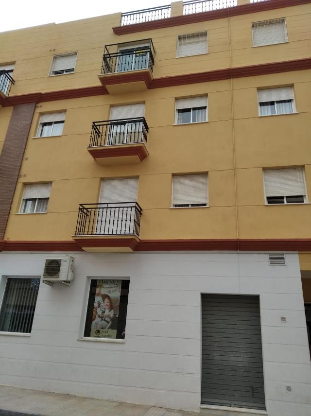 Piso en venta en Albox, Almería, Calle Ramon Y Cajal, 70.300 €, 3 habitaciones, 2 baños, 104 m2