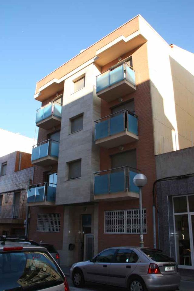 Piso en venta en Bonavista, Tarragona, Tarragona, Calle Siete, 79.900 €, 3 habitaciones, 1 baño, 95 m2